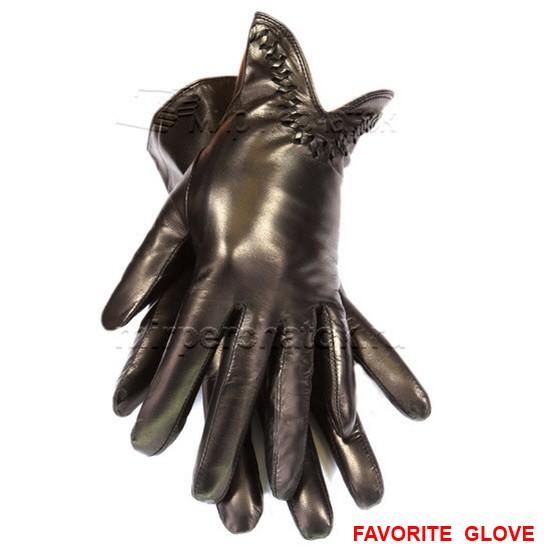 Лаконичные черные кожаные женские перчатки
